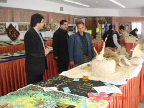 برگزاری نمایشگاه آثار هنری با موضوع قرآن ، نماز ، حجاب و عفاف واحد خوراسگان (اصفهان)
