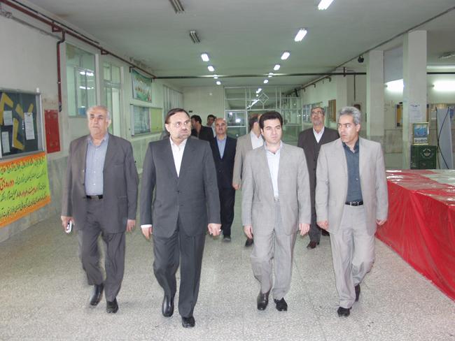 بازديد رئيس منطقه چهار دانشگاه آزاد اسلامي